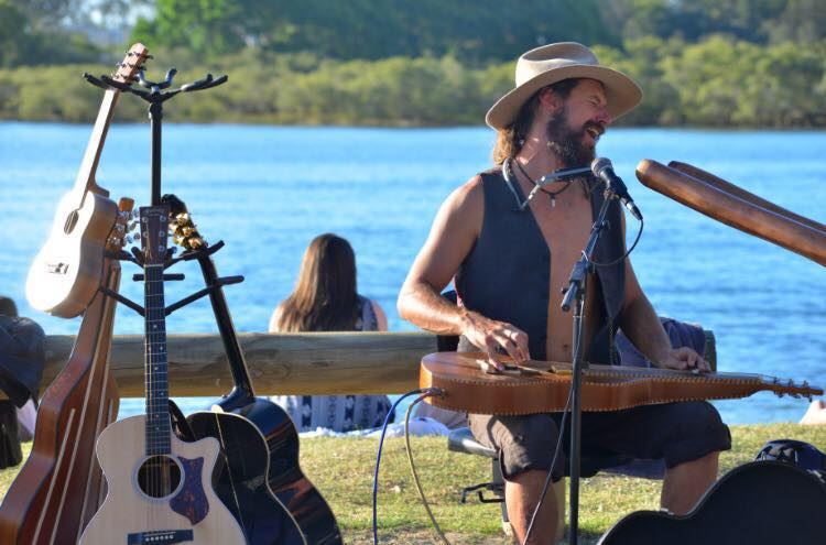 Get Involved with Buskers by the Creek at Currumbin