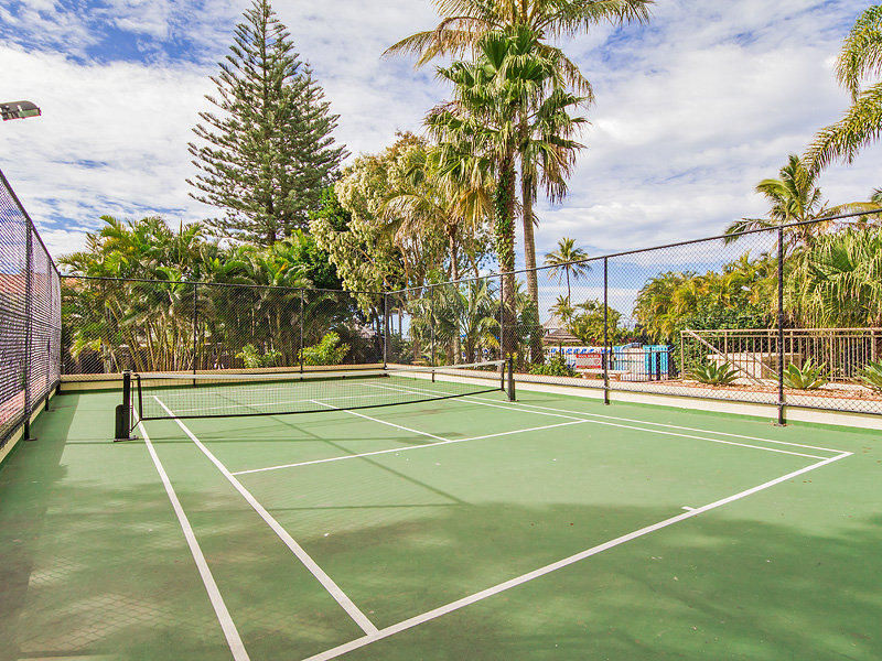 Enjoy Tennis, Mini Golf, Giant Chess, and More with Our Unbeatable Resort Facilities